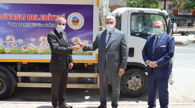 Efeler Belediye Başkanı Fatih Atay, kardeş şehir Sivaslı'da
