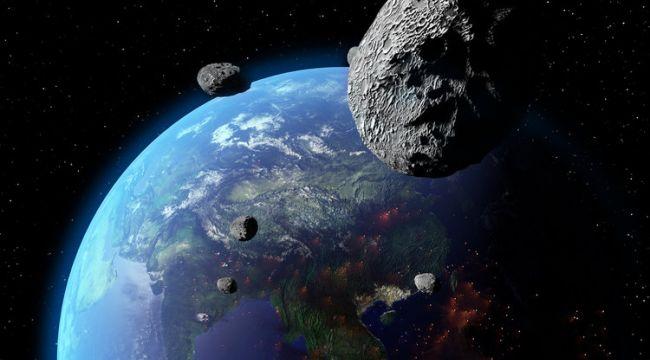 NASA'dan açıklama: Bu hafta sonu 5 asteroid Dünya'yı teğet geçecek
