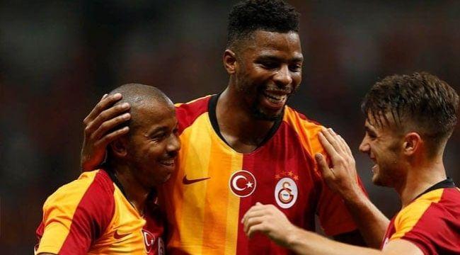 Galatasaray'da, Mariano ile yollar ayırdı