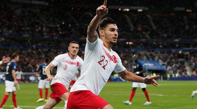 Kaan Ayhan Galatasaray'a imza atmak üzere