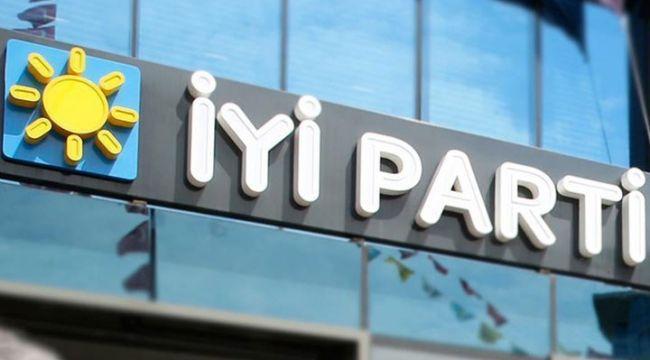 AK Parti'den 55 kişi İYİ Parti'ye geçti