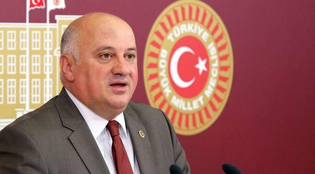CHP'nin YDK Başkanlığına yeniden Uğur Bayraktutan seçildi