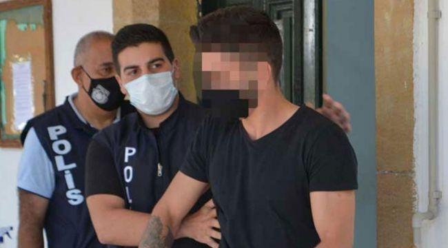 Cinsel içerikli mesajları sevgilisinin annesine atınca tutuklandı