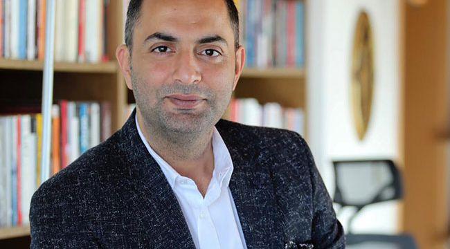 Yılın köşe yazısı ödülü Murat Ağırel'e