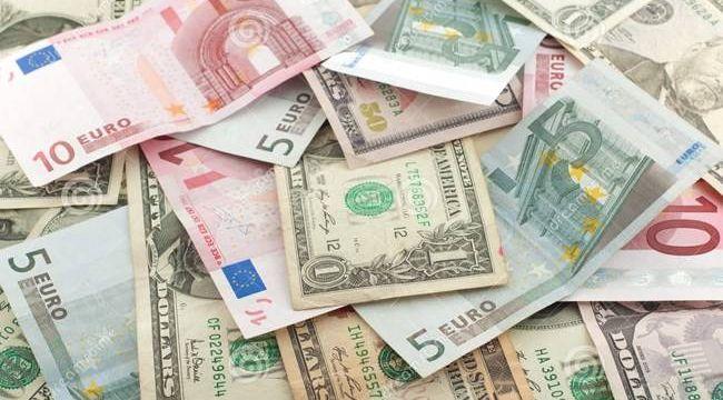 Dolar rekor tazeliyor, Euro 9.14 TL oldu