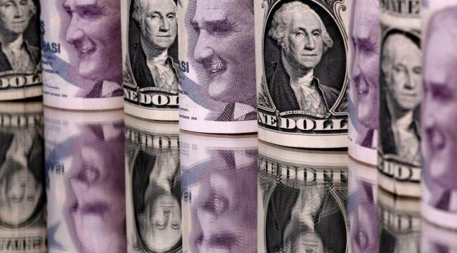 Euro çıktı 9'a inmiyor 8'e, Dolar, 7.90 TL oldu!