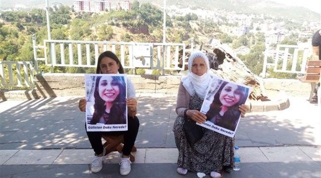 Oturma eylemi başlatan Gülistan Doku'nun annesi ve ablası gözaltına alındı
