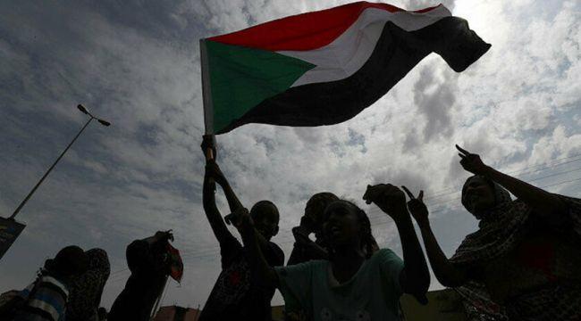 Sudan hükümeti laikliği kabul etti; 30 yıllık İslami yönetim sona erdi