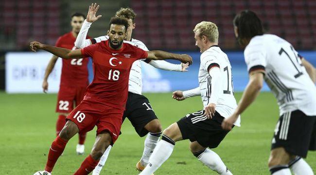 Milli takım dünya devi Almanya'ya sahayı dar etti, son dakikada beraberlik golümüz geldi