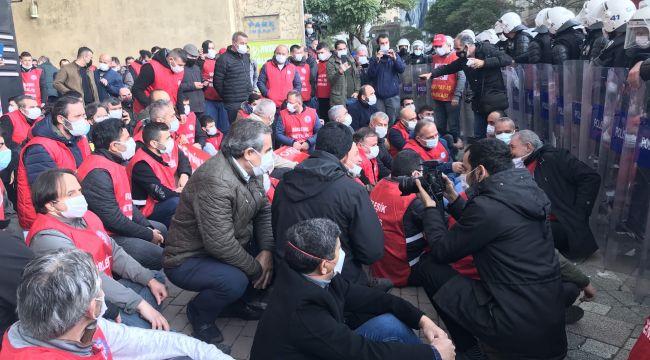 Ankara'ya yürümek isteyen metal işçilerinde gözaltına alınanların sayısı 99'a yükseldi