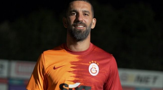 Galatasaray'da virüs depremi: Arda Turan koronavirüse yakalandı