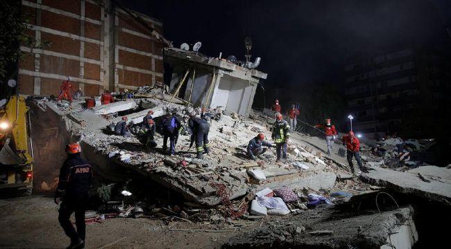 İzmir'de hayatını kaybedenlerin sayısı 107'ye yükseldi