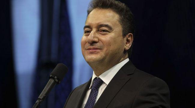 Ali Babacan yeni yılı 5 farklı dilde yayınladığı mesajla kutladı
