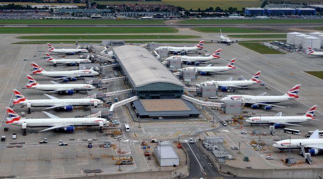 Bakan Koca: İngiltere ve 3 ülkeden uçuşlar durduruldu