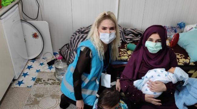 İzmir'deki depremzedelerin yerleştirildiği konteyner kentte ilk bebek dünyaya geldi