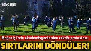 Boğaziçi'nde rektörlük devir tesliminde hocalardan protesto: Cübbeleriyle sırtlarını döndüler