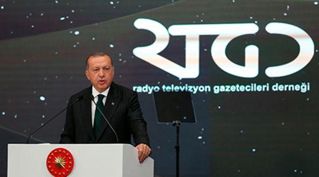 Erdoğan'ın Oscarlarını Ahmet Hakan ve A Para aldı