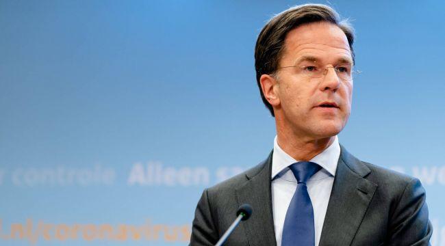 """Hollanda Başbakanı: """"Diğer ülkelerden 15 gün geri kaldık, kendimi çok kötü hissediyorum"""""""