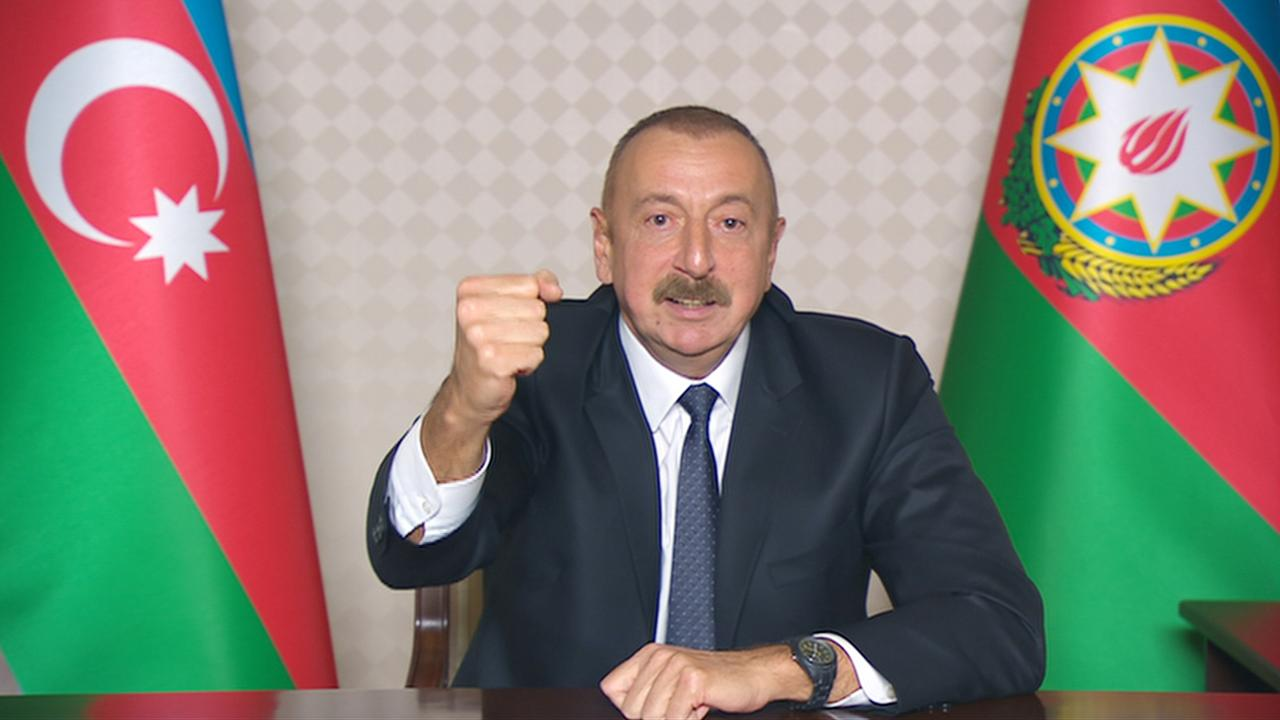 """Aliyev: """"Türk ordusunun küçük modelini oluşturacağız"""""""