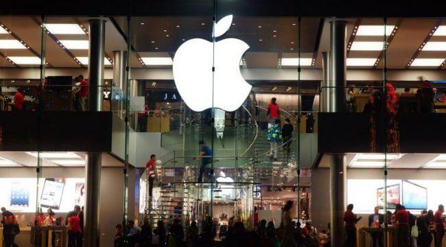 """Apple'dan uyarı: """"iPhone 12 kalp pili olan kişileri olumsuz etkileyebilir"""""""