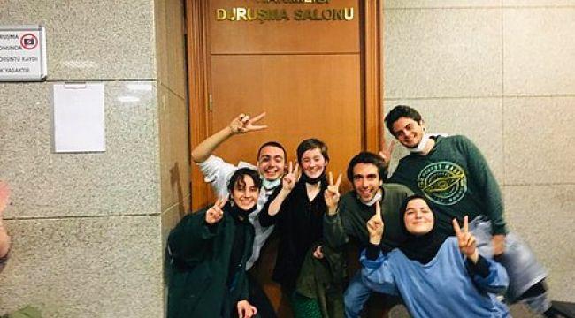 """Boğaziçi öğrencisi Şeyma Altundal'a skandal yorum: """"Ayağında ayakkabı yok, rektör istifa diyor"""""""