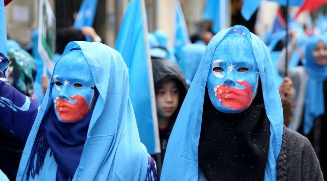 Çin'in toplama kamplarında yaptıkları anlatıldı: Tecavüz ediyorlar, işkence yapıyorlar!