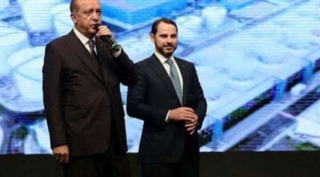 """Davutoğlu'ndan, Erdoğan'a Berat Albayrak tepkisi: """"Neredeyse kendisine yalvardım"""""""