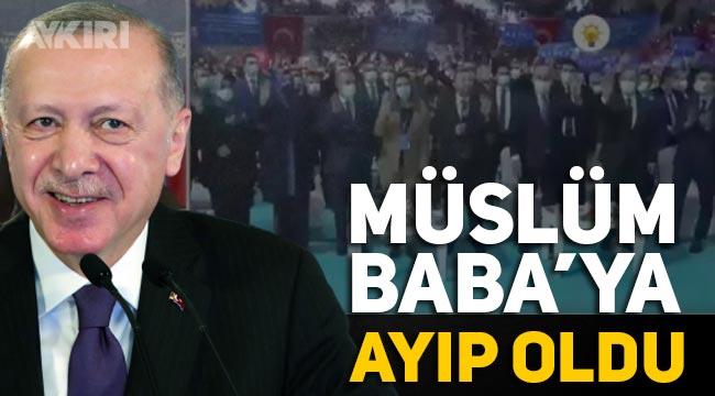 Erdoğan'ın katıldığı kongrede Müslüm Gürses çalındı, Erdoğan Orhan Gencebay ile karıştırdı