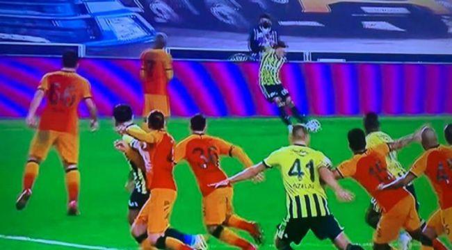 """Fenerbahçe'den iptal edilen gol için tepki: """"Bu kaçıncı? Yeter!"""""""