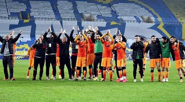 Galatasaray'dan Fenerbahçe'ye 'yıldız' göndermesi