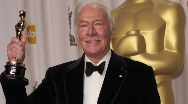 Hollywood'un efsanevi aktörü Christopher Plummer hayatını kaybetti