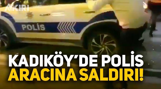 İstanbul Kadıköy'de polis aracına saldırı