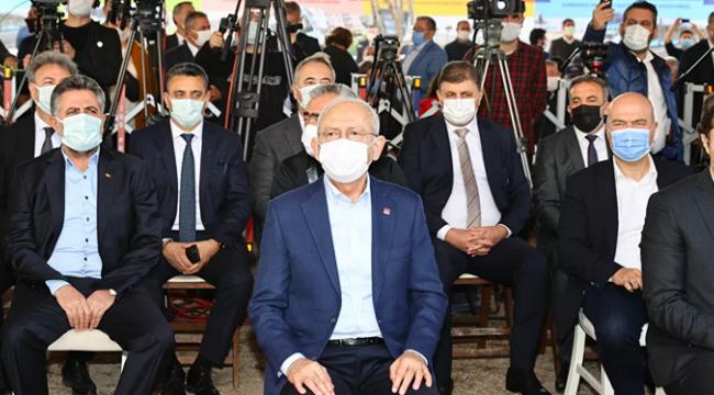 Kılıçdaroğlu'ndan iktidara: Bizim belediye başkanlarımıza engel çıkartmayın