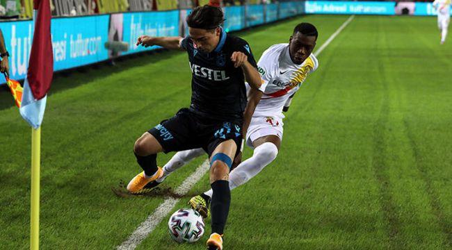 Trabzonspor, deplasmanda Yeni Malatyaspor'u 2-0 mağlup etti