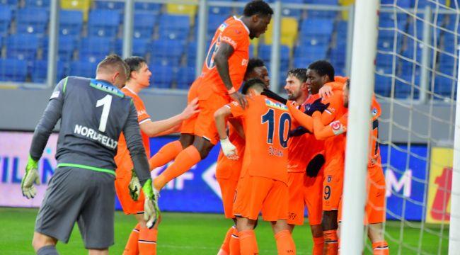 Başakşehir, Aykut Kocaman yönetiminde ilk galibiyetini aldı: Gençlerbirliği 0-1 Başakşehir