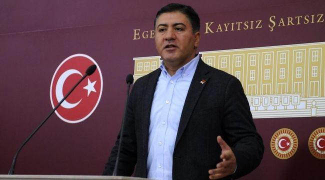 """CHP'li Emir: """"AK Parti kongresine katılacaklardan test istenmemiş. Bu rahatlığın sebebi ne olabilir?"""""""