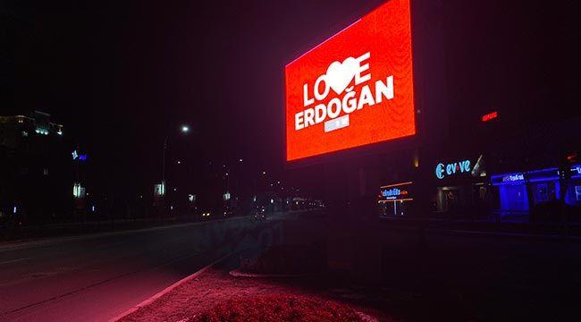 """Elazığ'da """"Love Erdoğan"""" Mesajları"""