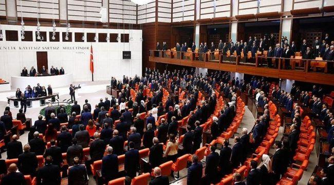 Yeni mutasyonlu virüsün yayılımı önlemek için verilen araştırma önergesi AK Parti ve MHP oylarıyla reddedildi