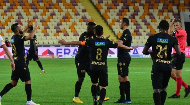 Kasımpaşa maçı öncesi Yeni Malatyaspor'da koronavirüs krizi!