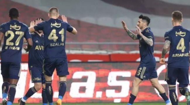 Şampiyonluk iddiasını sürdüren Fenerbahçe, Gaziantep FK'yı 3-1'le geçti