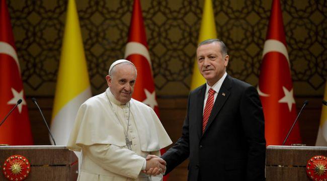 Erdoğan, Papa'yla konuştu!