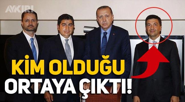 Erdoğan'ın Sezgin Baran Korkmaz ile fotoğrafında bulunan diğer kişinin kim olduğu ortaya çıktı!