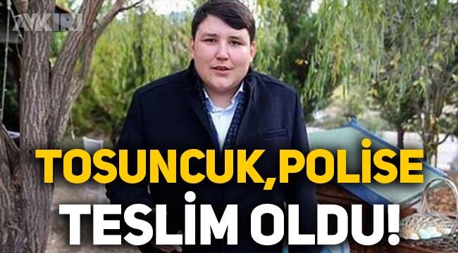 Çiftlik Bank'ın kurucusu 'Tosuncuk' lakaplı Mehmet Aydın polise teslim oldu