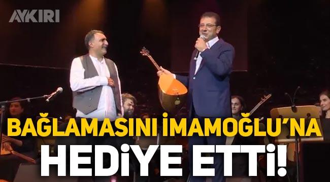 Erdal Erzincan bağlamasını Ekrem İmamoğlu'na hediye etti