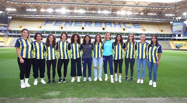 Fenerbahçe'den kadın futbol takımına 12 transfer birden!