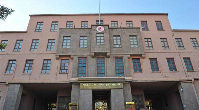 TSK'da 5 general istifa mı etti? Milli Savunma Bakanlığından '5 general' açıklaması!