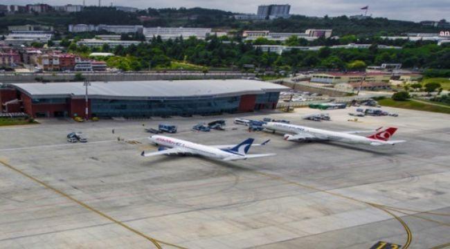 Bomba ihbarı yapılan uçak Trabzon Havalimanı'na acil iniş yaptı!